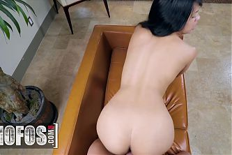 Cute Brunette Amethyst Banks Fills Her Hungry Pussy With